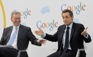 200739-frances-president-sarkozy-gestures-next-to-google-executive-chairman-s.jpg